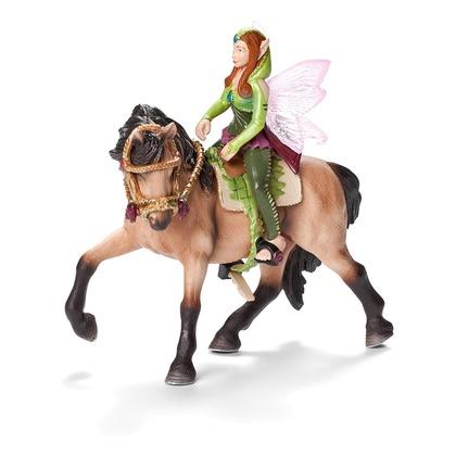 Лесная эльфийка на лошади