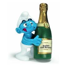 Смурфик с бутылкой