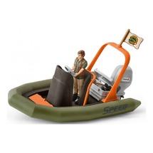 Рейнджер в надувной лодке
