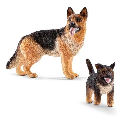 Немецкая овчарка со щенком