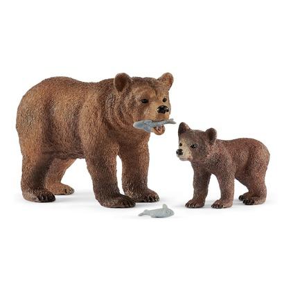 Самка медведя гризли с детенышем
