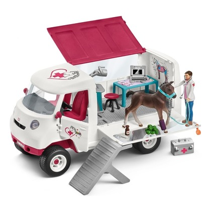 Ветеринарный фургон с жеребенком (уценка)